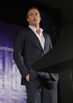 Alex O'Loughlin - Arrivals at the Australians in Film Awards Gala