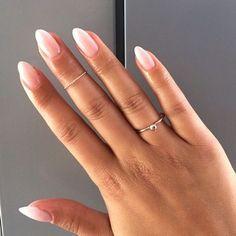 Natürliche Nägel oder Gelnägel #gelnagel #nagel #naturliche