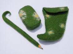 Gärtnerutensilien - Gärtner-Set aus Filz: Seife + Gürteltasche + Stift - ein Designerstück von kieselratte bei DaWanda