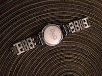 Rund sølv analog klokke med sølv link armbånd in Trondheim - letgo