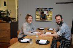 De Gentse restaurantscene blijft in volle evolutie, ook in 2016. Na jaren bij Volta, Publiek en Horseele heeft chef-kok Kim Devisschere deze week samen met...