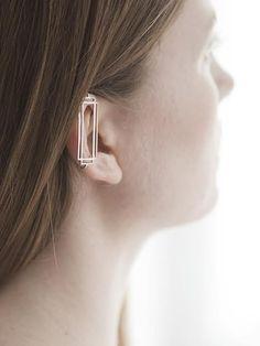 Anna Lawska ear cuff ...Now go forth and share that BOW & DIAMOND style ppl! Lol. ;-) xx