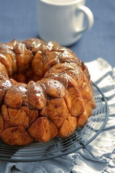 Food and Cook by trotamundos Pan Bread, Bread Food, Pan Dulce, Sweet Pastries, Monkey Bread, Bread Rolls, Bread Recipes, Mexican Food Recipes, Baked Goods
