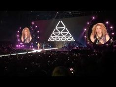 Shakira Rock!: Shakira en Londres | Shakira in London | El Dorado... Shakira, Stage, Sexy, El Dorado, Concert, Big Ben London, Scene