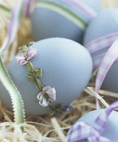 Cute Eggs.  So easy to do.