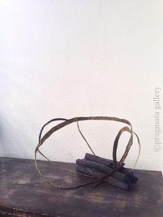 Memories of a basket. Bronze objet by Akino Chihiro. 籠の名残り。 秋野ちひろさんの金属オブジェです。 #bronze #metal_art #japanese_art #gallery #Tokyo