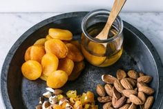 Come sostituire lo zucchero: 6 alternative, segreti e consigli per una vita dolce e sana | 100% green kitchen