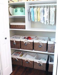 Cómo organizar el armario de tu bebé ¡no descuides su closet!