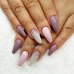 Lavender and glitter nail art design Fancy Nails, Trendy Nails, Love Nails, Color Nails, Fabulous Nails, Gorgeous Nails, Amazing Nails, Nails Polish, Gel Nails
