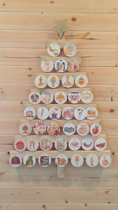 Wooden Family Tree Diy Christmas Ornament 58 New Ideas Jesse Tree Ornaments, Diy Christmas Ornaments, Christmas Decorations, Corner Christmas Tree, Xmas Trees, Tree Drawing Simple, Diy Christmas Gifts For Boyfriend, Prayer Corner, Wooden Tree