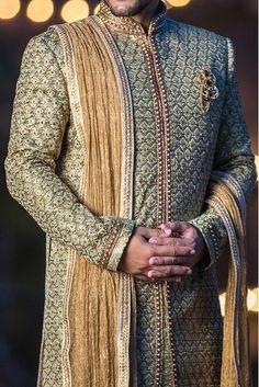 Couple Wedding Dress, Wedding Dresses Men Indian, Wedding Outfits For Groom, Wedding Couples, Wedding Ideas, Mens Sherwani, Sherwani Groom, Wedding Sherwani, Punjabi Wedding
