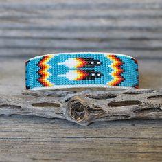 bead weaving patterns for bracelets Diy Beaded Bracelets, Embroidery Bracelets, Beaded Bracelet Patterns, Handmade Bracelets, Beaded Jewelry, Silver Bracelets, Jewelry Necklaces, Colorful Bracelets, Bead Earrings