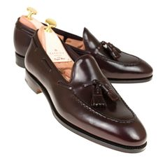 Footwear for sure certainly are a design typical that adds moderately of smart-casual trend to actually whatever wardrobe. Mens Leather Moccasins, Mens Tassel Loafers, Mens Loafers Shoes, Loafers Outfit, Gucci Loafers, Loafer Shoes, Men's Shoes, Burberry Men, Gucci Men