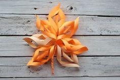 1 In Kindergarten, Fall Halloween, Origami, Lily, Autumn, Fall Decorations, Creative, Fall Season, Autumn Decorations