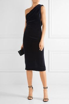 Midnight-blue velvet Concealed hook and zip fastening at back 82% rayon, 18% silk; lining: 100% silk Dry clean