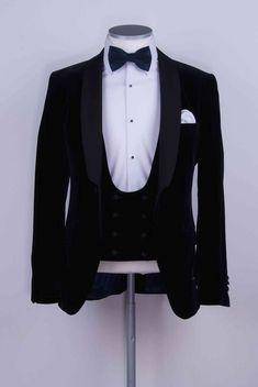 anthony - Tuxedo - Ideas of Tuxedo - navy velvet slim fit dinner suit / tuxedo ideal grooms wedding suit . Black Suit Wedding, Wedding Suits, Wedding Cake, Black Tuxedo, Tuxedo For Men, Groom Suit Trends, Derby Outfits, Dinner Suit, Stylish Mens Outfits