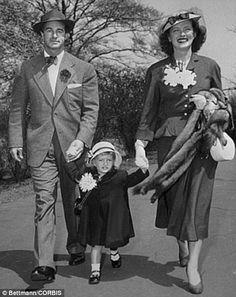 15 Apr 1949, Manhattan, New York City, New York State, USA --- Original caption: Motion pi...