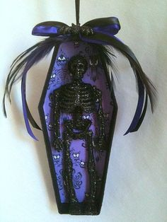 Beautiful goth Halloween ornaments including my favorite, this black and purple Haunted House Mansion with Wallpaper Glitter Skeleton Coffin! by latonya Halloween Trees, Halloween Skeletons, Halloween Projects, Halloween Christmas, Halloween Crafts, Halloween Decorations, Christmas Crafts, Diy Halloween Ornaments, Halloween Trophies