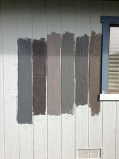 How to Choose the Best Gray Paint Colors from Benjamin Moore Gray Paints Exterior Gray Paint, House Paint Exterior, Exterior House Colors, Exterior Paint Schemes, Exterior Design, Best Gray Paint Color, Paint Colors For Home, Bear Paint Colors, Neutral Paint