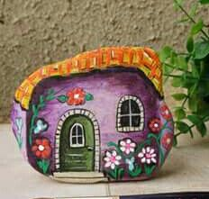 Artist: Danijela Milosevic Pebble Painting, Pebble Art, Stone Painting, Bug Crafts, Rock Crafts, Arts And Crafts, Painted Rocks Craft, Simple Acrylic Paintings, Rock And Pebbles