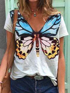 V Neck Blouse, V Neck T Shirt, Harajuku Fashion, Fashion Outfits, Painted Clothes, Butterfly Print, Vintage Butterfly, Butterfly Design, Basic Tops