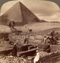 The Sphinx and great Pyramids of Kheops, Egypt, 1902.