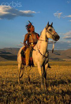 Traditional Shoshone Warrior, Idaho, USA. Marilyn Angel Wynn photography(September 1, 2000)