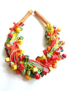 http://www.designspinka.pl/zaplataniec-lniany/ Lniany naszyjnik pełen soczystych kolorów lata…