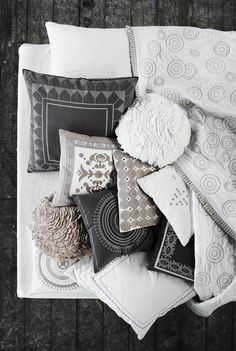 adding neutral color and pattern into the black and white palette
