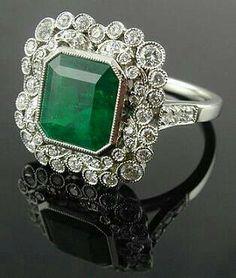 Vintage' emerald and diamonds