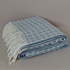Cob weave throw in duck egg blue
