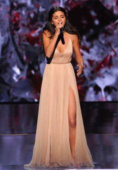 Selena Gomez AMAS 2014