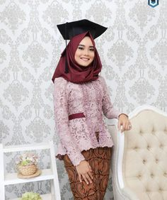 26 Ideas Dress Hijab Maroon For 2019 Model Kebaya Brokat Modern, Kebaya Modern Hijab, Kebaya Hijab, Kebaya Muslim, Model Kebaya Modern Muslim, Model Rok Kebaya, Kebaya Pink, Kebaya Lace, Batik Kebaya