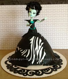 Fabulous Monster High Frankie Stein Birthday Cake... This website is the Pinterest of birthday cake ideas