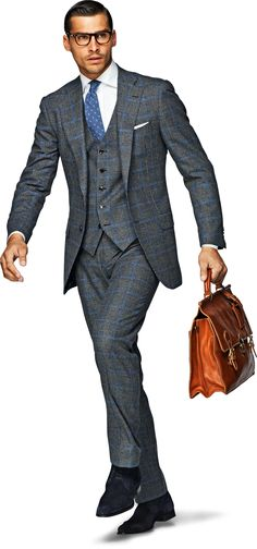 Nice, check suit, great colours. This must go with white, cotton shirt