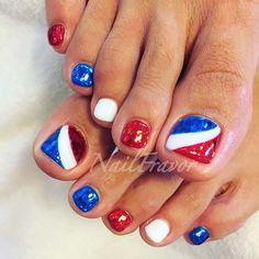 Pretty Toe Nails, Cute Toe Nails, Toe Nail Art, Kid Nails, Pretty Toes, Flag Nails, Patriotic Nails, Pedicure Designs, Toe Nail Designs