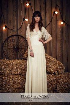 Assolutamente deliziosi. Con i suoi abiti da sposa particolari e sofisticati, Jenny Packham farà di te una regina. Guarda la collezione 2017 su http://www.piazzadispagnasposi.it/collezioni/sposa/jenny-packham
