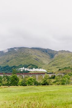 The Jacobite Train, Scotland // Our stop in Glenfinnan - Amy Hirschi Creative