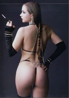 Misty Mundae- Amazingly sexy photo!