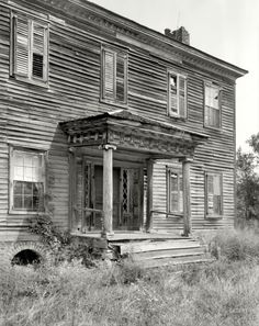 """1937. Rowan County, N.C. """"Maxwell Chambers house, Spencer vicinity. Structure dates to ca. 1800-1810."""" Photo by Frances Benjamin Johnston."""