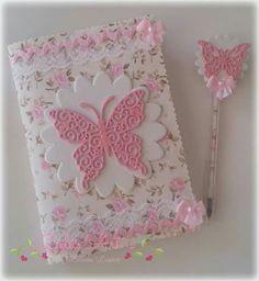 Para isa Foam Sheet Crafts, Foam Crafts, Diy And Crafts, Crafts For Kids, Paper Crafts, Notebook Cover Design, Diy Notebook, Decorate Notebook, Fabric Book Covers