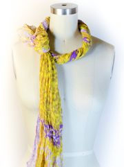 Scarf Knot Master List | Scarves Dot Net. Lots of ways to tie scarves shown here!