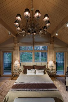 Honka log homes provide a cozy and warm living environment with natural building materials, high indoor air quality and a stress-reducing atmosphere. Log Home Bedroom, Log Home Interiors, Log Home Decorating, Wood Home Decor, Bedroom Layouts, Luxury Decor, Indoor Air Quality, Log Homes, House Design