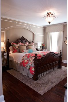 Red Mansion Master Bedrooms wood decorating ideas for luxurious dark red and white themed