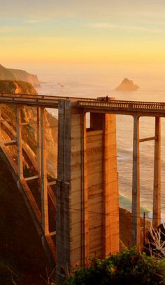 7 iconic road trips to take before you die on Roadtrippers