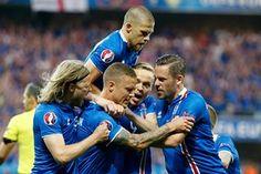 Sigurdsson celebrates after scoring that immediate equaliser.