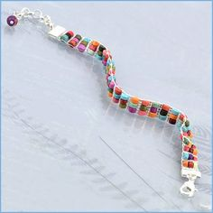 Katie Hacker creates a loomwork bracelet using Halcraft Bead Gallery beads