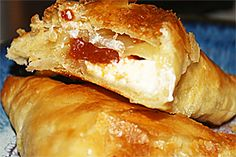 Pastelillos de guayaba y queso