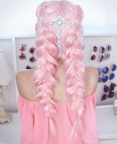 50 Pretty Pastel Pink Hair Color As The Inspiration To Try Pink Hair - Hair Styling Pastel Pink Hair, Hair Color Pink, Pink Wig, Pretty Pastel, Soft Purple, Pastel Blue, Hair Colours, Pink Hair Dye, Rainbow Hair Colors