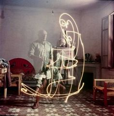In LIFE photographer Gjon Mili took rarely seen shots of Pablo Picasso in  the South of France painting with light. Using a small flashlight in a dark  room 7919eb85549